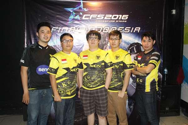 XCN Team Photo 01_L2.jpg