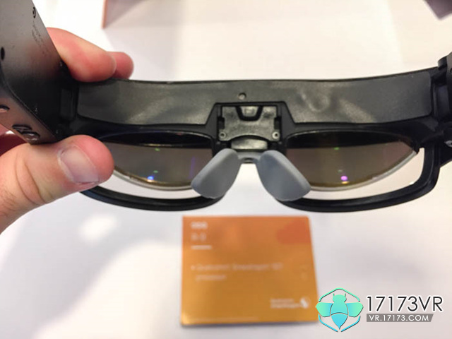 odg-r9-smartglasses-inside.jpg
