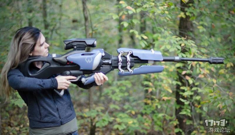 [DIY] 大神自制黑百合武器:寡妇之吻狙击步枪模型