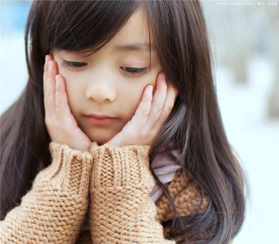 长沙5岁小萝莉萌翻网友 盘点中外清纯可爱小萝莉
