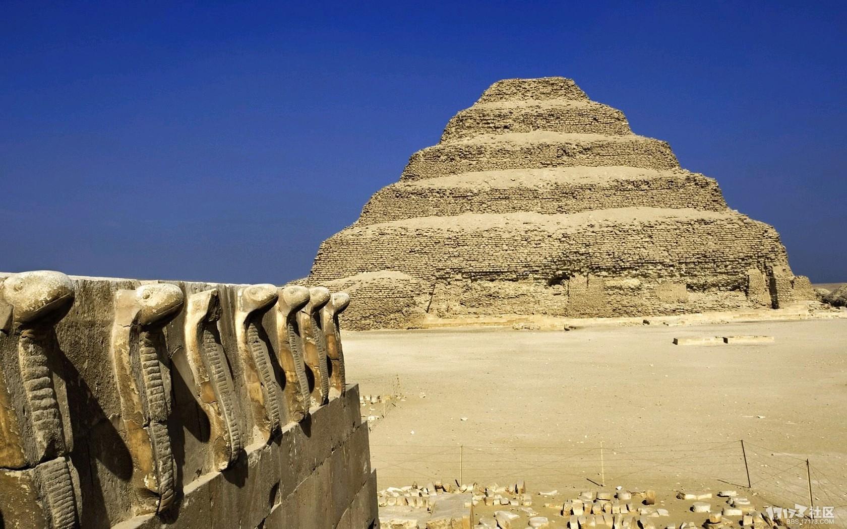 2560x1600高清壁纸建埃及金字塔