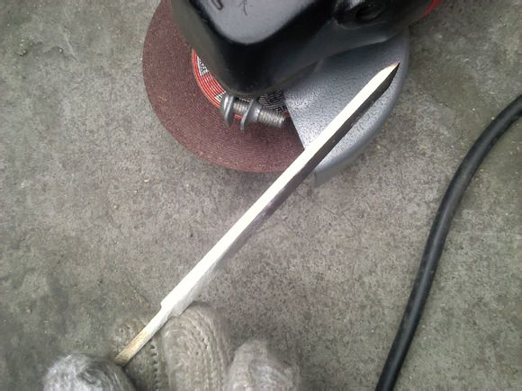 微型刀剑之流水纹花纹钢汉剑制作过程 (多图)