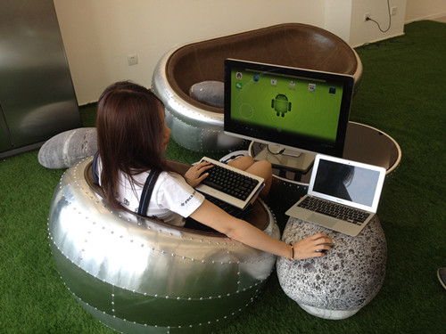 ...安卓电脑.屏幕怎么办呢?连接到智能电视或者电脑上直接就可...