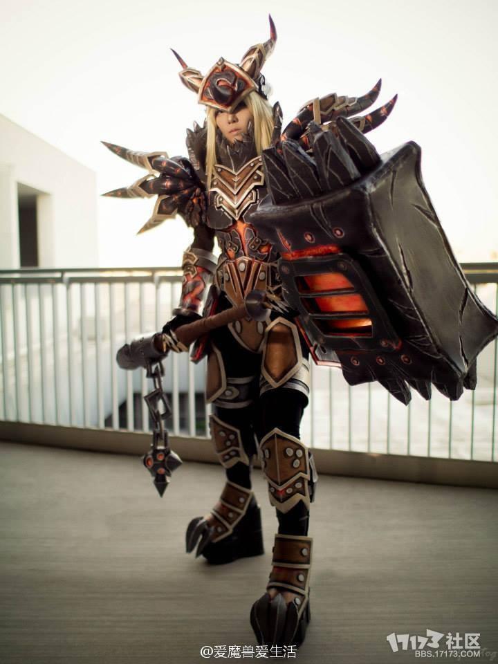 魔兽世界美女玩家战士t13套装cosplay