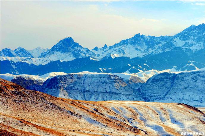 气势恢宏的现代派巨幅抽象油画 红山大峡谷
