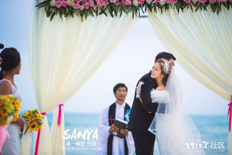 三亚唯一视觉外景婚纱照