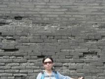 后面一面墙 你猜是不是城墙 求码求码